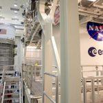 Etapa del cohete SLS  y Orion comparten espacio en el CE Kennedy antes de Artemis I